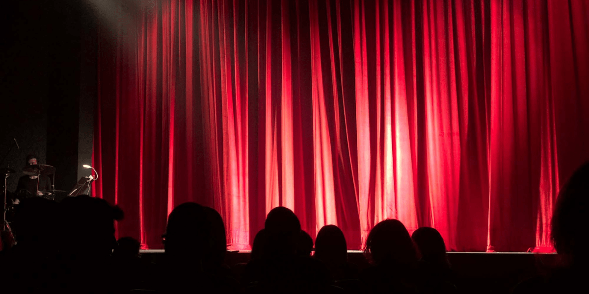 the curtain theatre-elifnotes.com